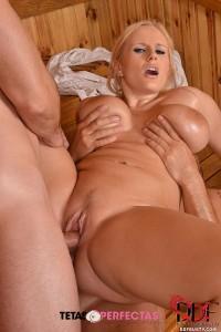 Angel Wicky 4