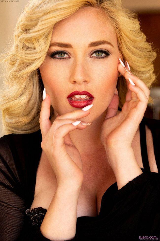 MK Blondie : обжигающая классика