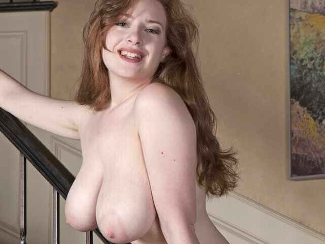 Misha Lowe in her naked glory