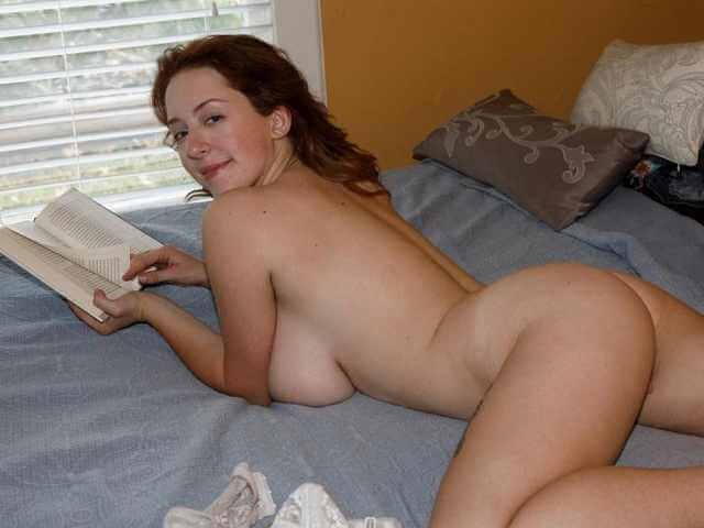 Kelsey reading naked