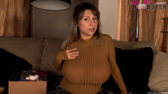 Samanta Lily's Big Natural Boobs in tight Tops